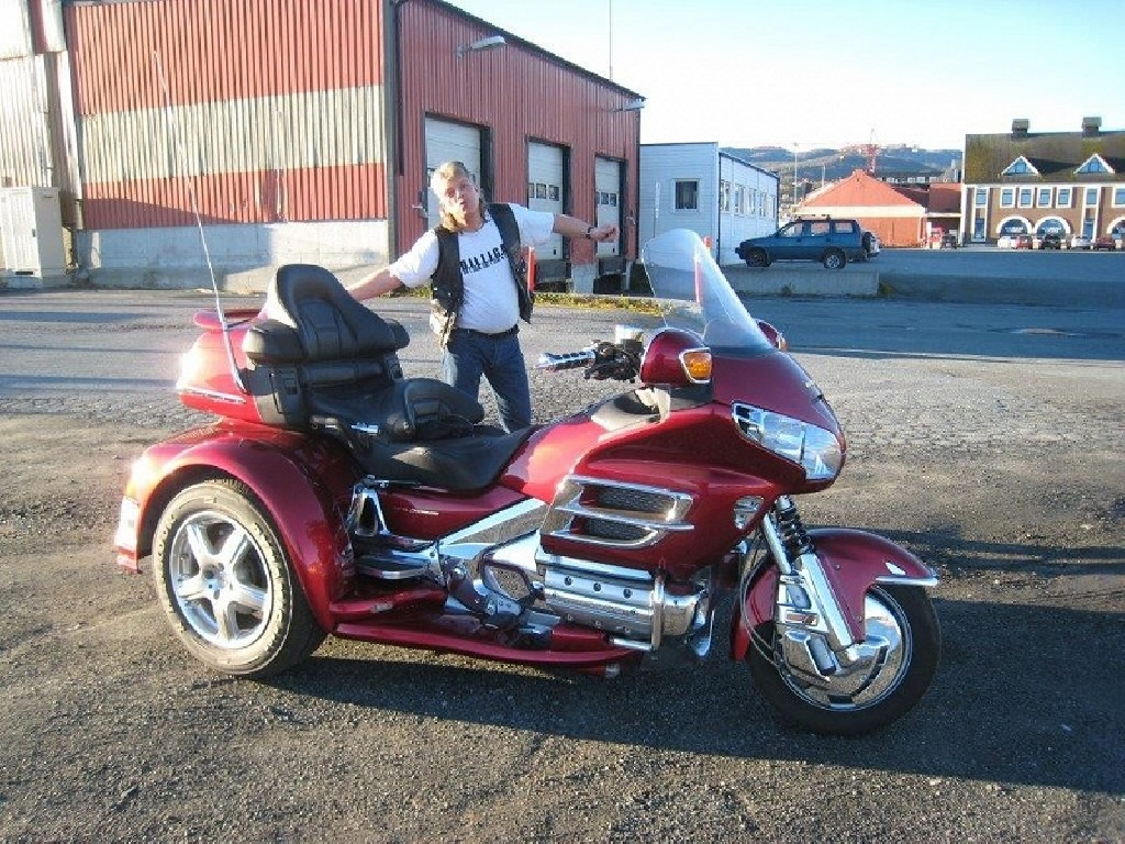 moto trike occasion 1800 achat moto goldwing trike occasion honda goldwing 1800 trike champion. Black Bedroom Furniture Sets. Home Design Ideas