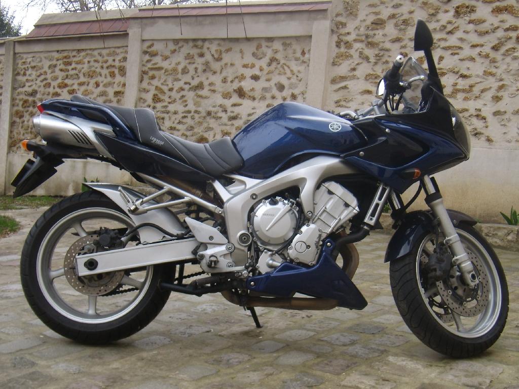 Yamaha FZ6 S, Fazer 600, 2004 god.
