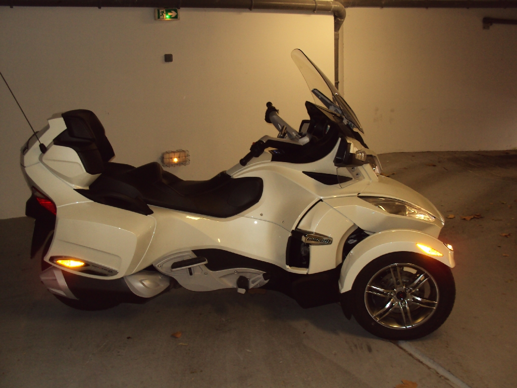 annonce moto can-am spyder rt limited se5 occasion de 2011 - 83 var