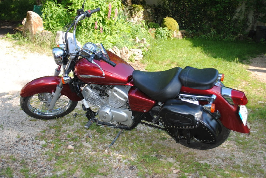 Moto HONDA Shadow 125  occasion