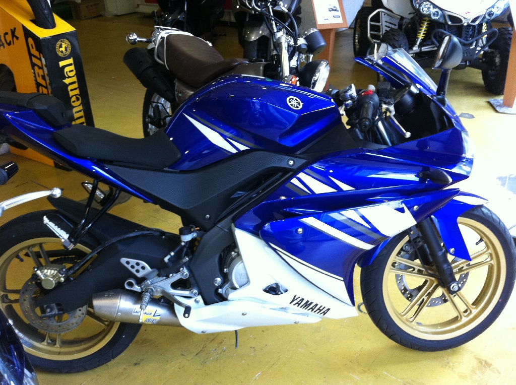 annonce moto yamaha yzf r125 occasion de 2010 78 yvelines les mureas. Black Bedroom Furniture Sets. Home Design Ideas