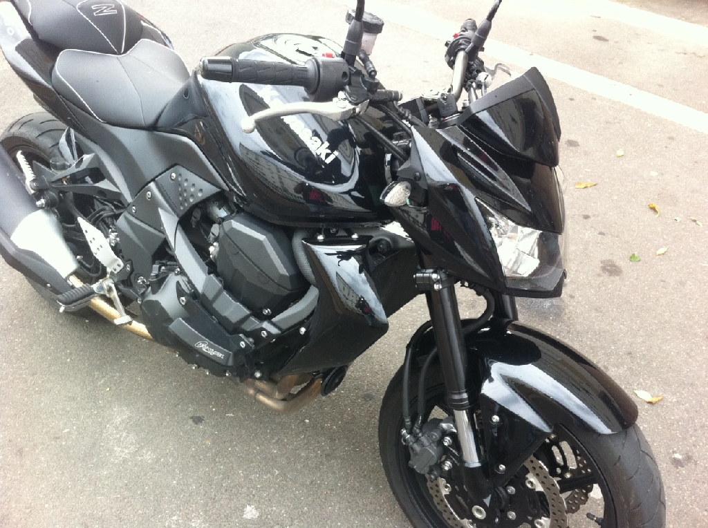 KAWASAKI Z 750 full black 2010