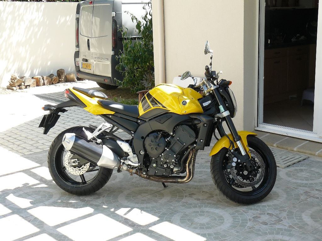 annonce moto yamaha fz1 n occasion de 2006 91 essonne morsangs sur orge. Black Bedroom Furniture Sets. Home Design Ideas
