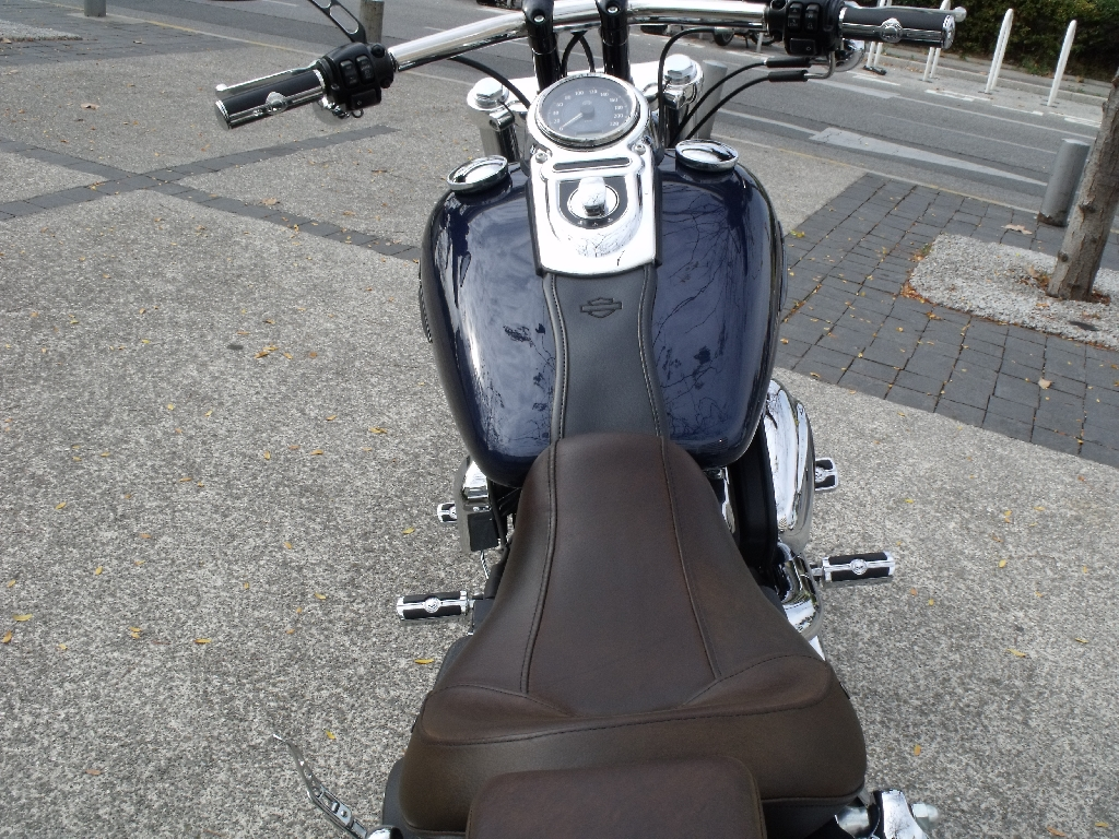 HARLEY-DAVIDSON Dyna Fat Bob  2012 photo 3