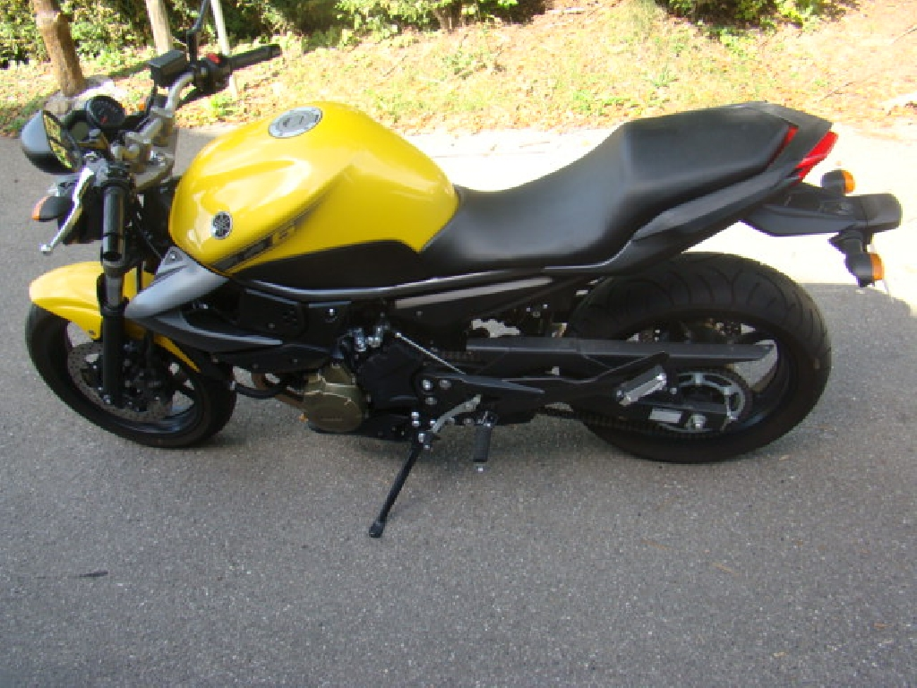 YAMAHA XJ6 N  2009 photo 3