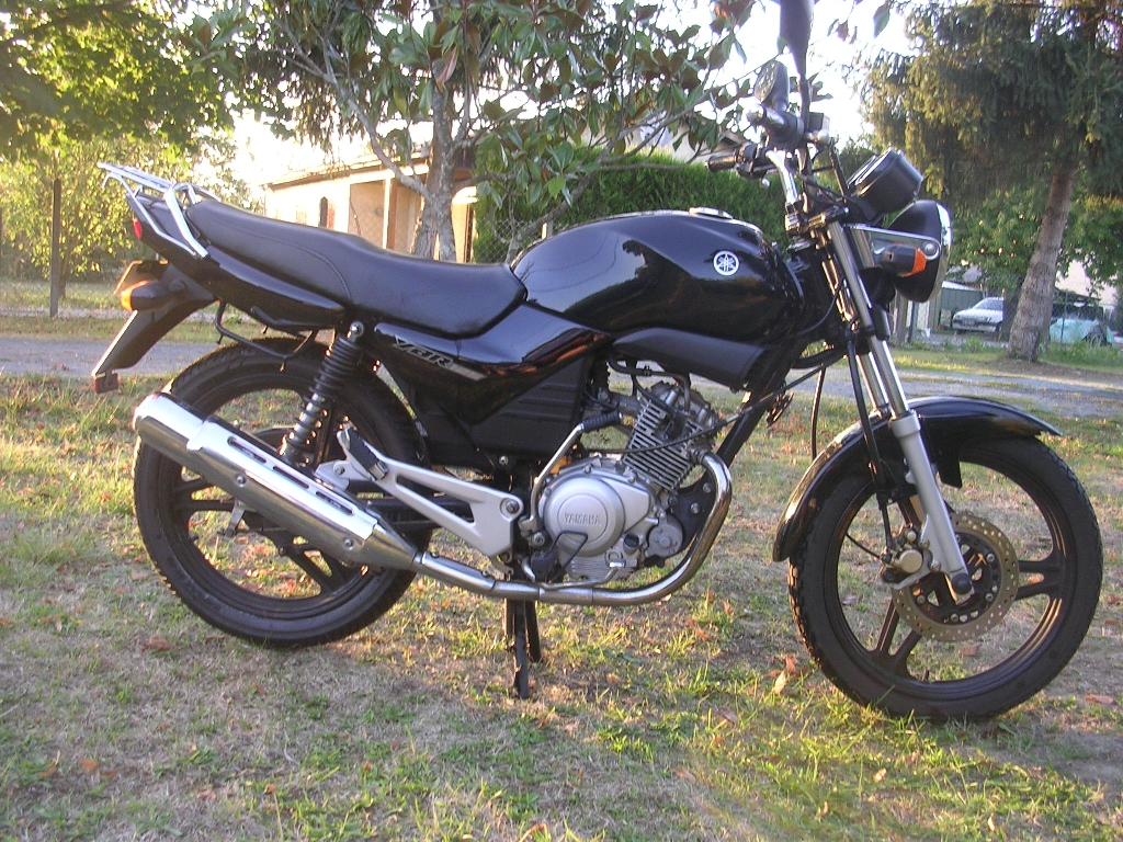 Moto YAMAHA YBR 125 RE031 occasion