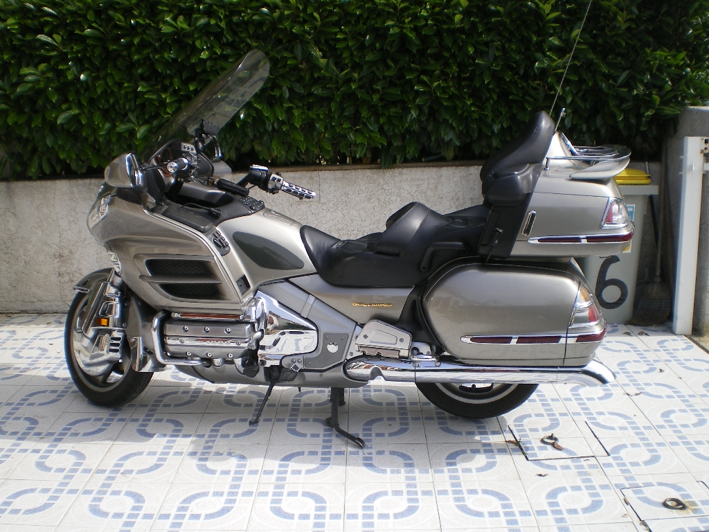 annonce moto honda gl 1800 goldwing occasion de 2002 66 pyr n es orientales perpignan. Black Bedroom Furniture Sets. Home Design Ideas