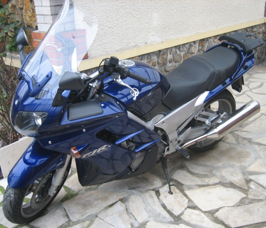 annonce moto yamaha fjr 1300 occasion de 2005 78 yvelines houilles. Black Bedroom Furniture Sets. Home Design Ideas