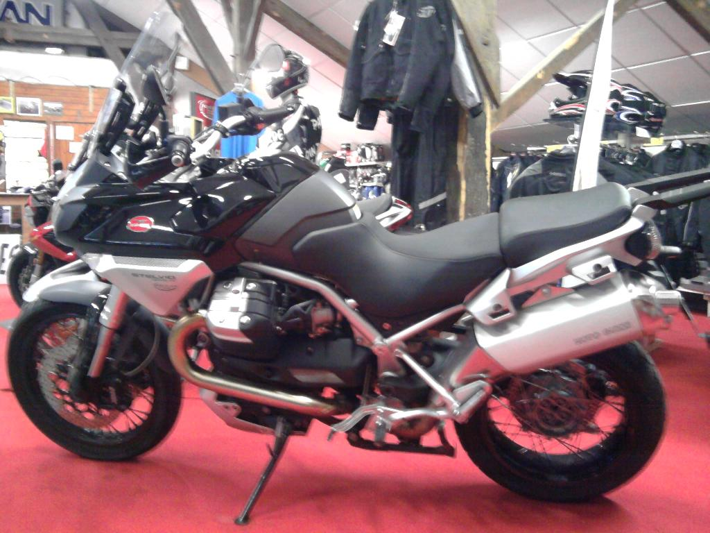 MOTO GUZZI Stelvio 1200  2008 photo 1